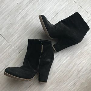Theyskens theory suede booties